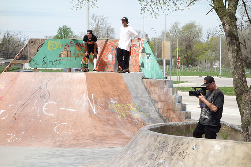 DETROIT-DIY_PSTONE-FILMING-IN-TRENCHES.jpg