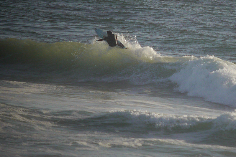 surfing-sloat-off-the-lip.jpg